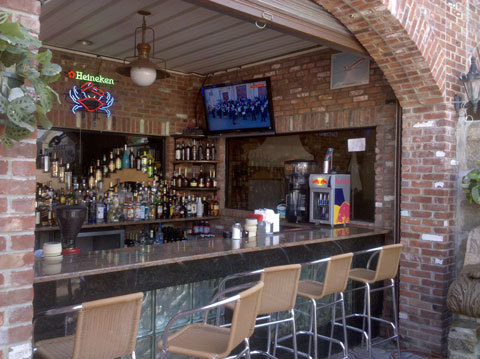 Enjoy Fine Dining When The Weather Is Right At Iberiau0027s Outdoor Patio!  Located Just Outside Of The Tavern Restaurant, The Outdoor Patio Allows  Guests To ...